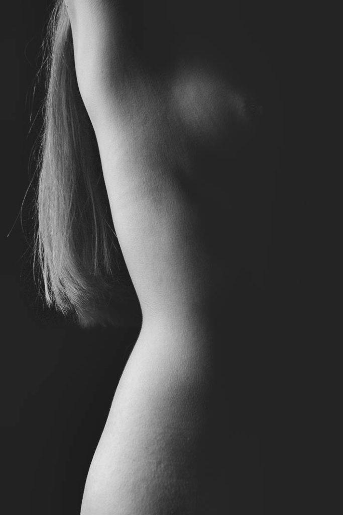 detalle desnudo femenino
