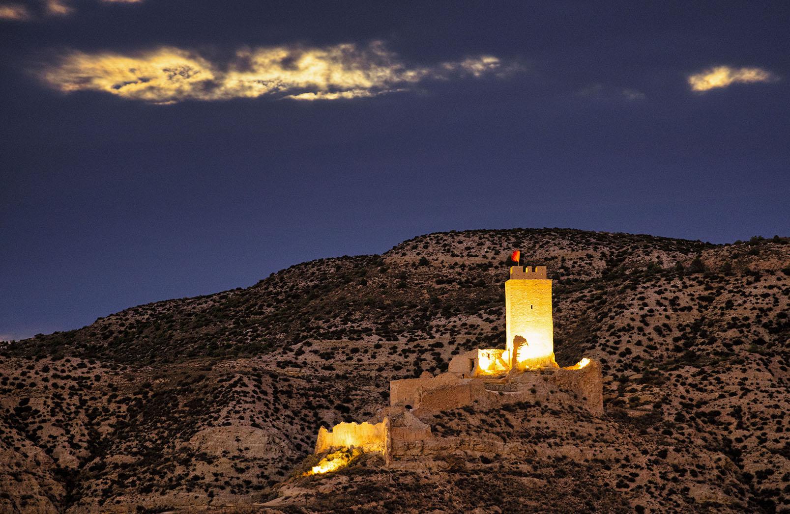 fotografia nocturna castillo de Cadrete